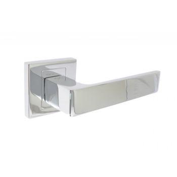 Klamka drzwiowa INFINITY APOLLO KAO700 z rozetą kwadratową chrom