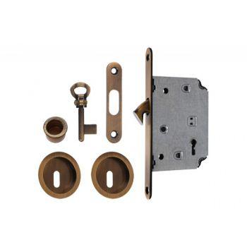 Zamek do drzwi przesuwnych + uchwyty okrągłe z kluczykiem łamanym patyna