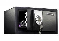 Sejf Master Lock X031ML na klucz piórowy, (wys. x szer. x gł.: 16,7x 29x 26,4cm)